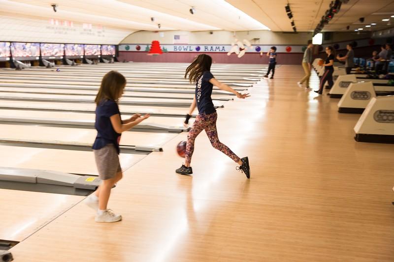 Maddie bowling-9424.jpg