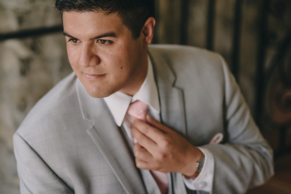 03-getting ready groom