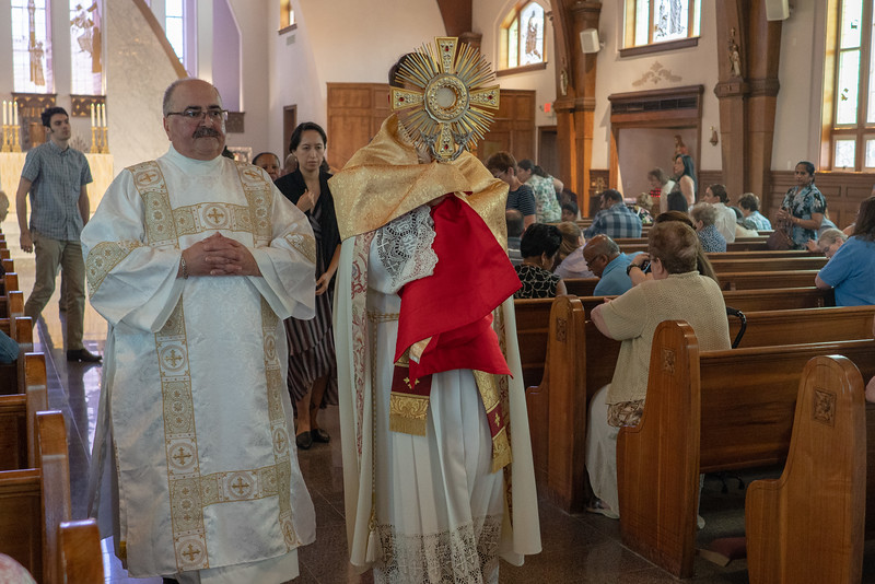 20190623_Corpus_Christi_Procession_NDNHP_007.jpg
