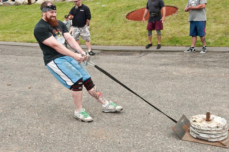 Fitness Revolution Strongman Challenge 2011_ERF4297.jpg