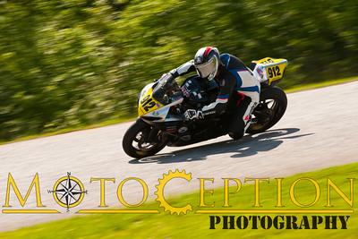 Race 10 & 11 - 750 Superstock Exp & Nov