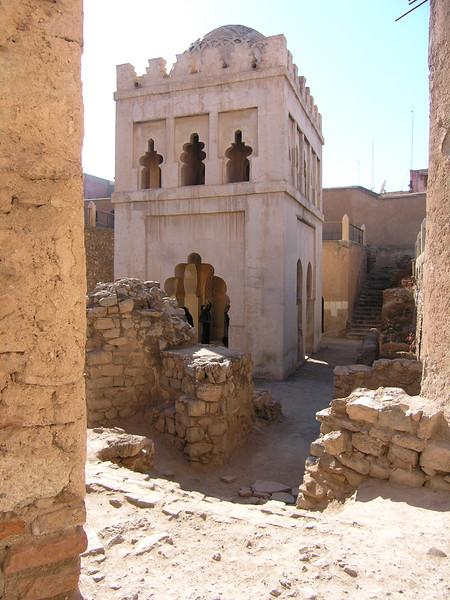 koubba el baadiyin, marrakech.jpg