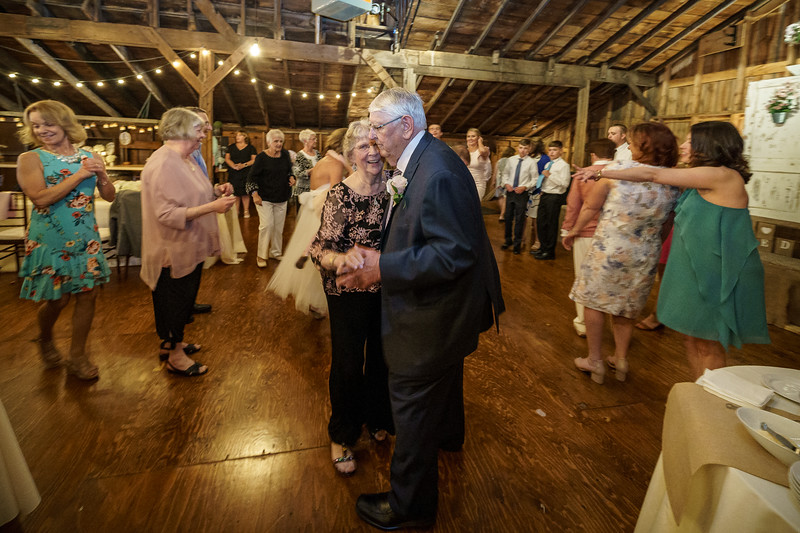 20190601-190706_[Deb and Steve - the reception]_0485.jpg