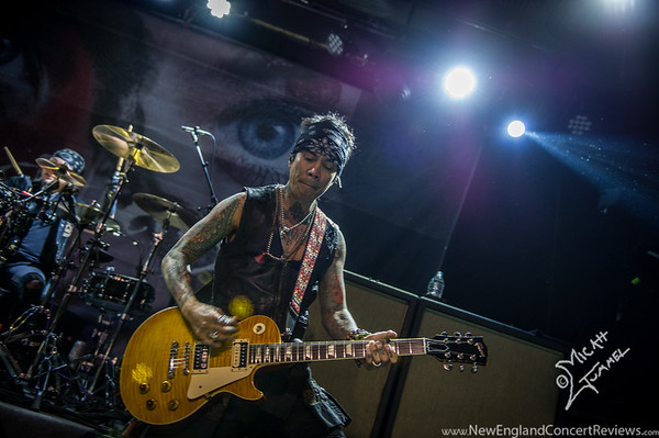 Buckcherry at Wally's Pub - NH