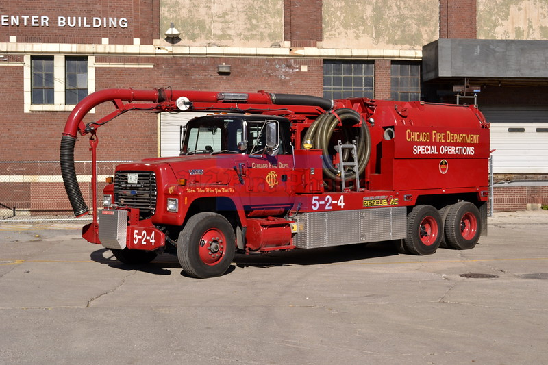 Chicago Fire Department Apparatus and Firehouses