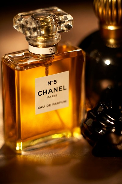 Perfume_Still_Life-003.jpg