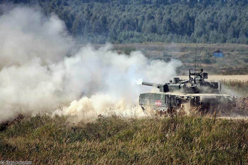 Танк Т-80БВМ (T-80BVM main battle tank)