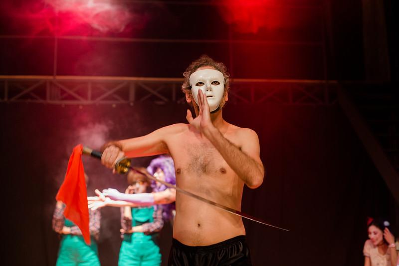 Allan Bravos - essenCIA Teatro - Persona 07-222.jpg