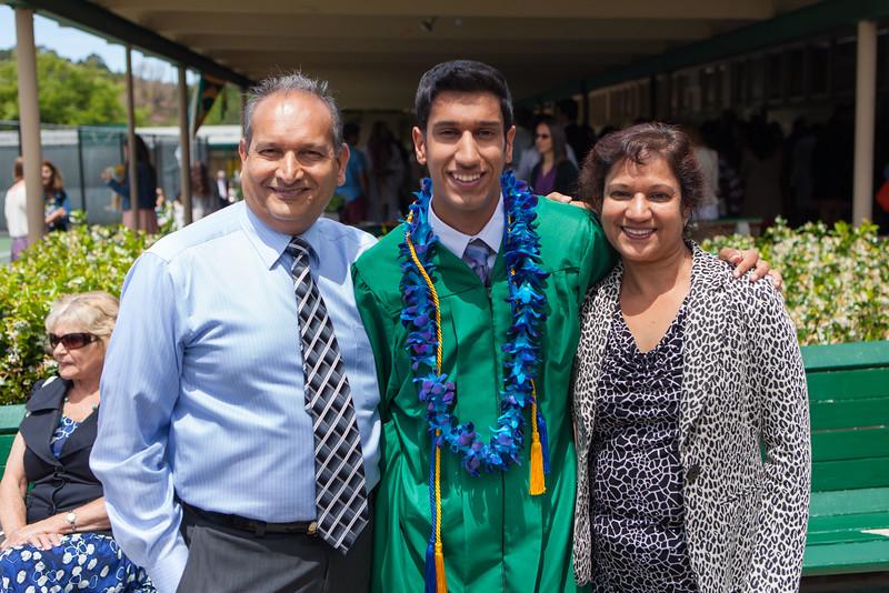 Vishal_Graduation_044.jpg