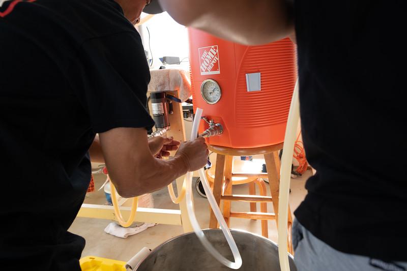 Hawaii - Brewing Beer-52.jpg
