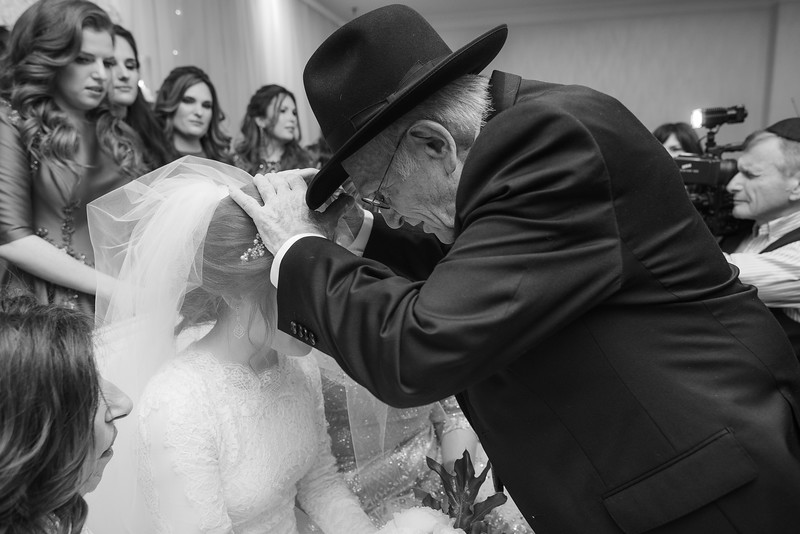 Miri_Chayim_Wedding_BW-488.jpg