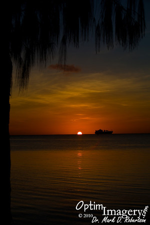 APRIL 25, 2010:  BEACH ROAD SUNSET