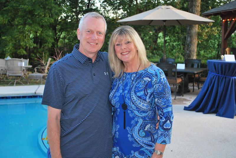 John & Karen Scholes 2.JPG