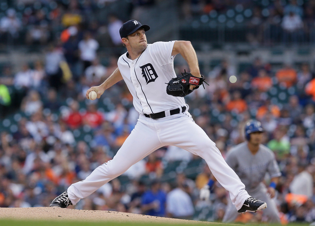 . Detroit Tigers starting pitcher Max Scherzer throws during the first inning of a baseball game against the Kansas City Royals in Detroit, Tuesday, Sept. 9, 2014. (AP Photo/Carlos Osorio)