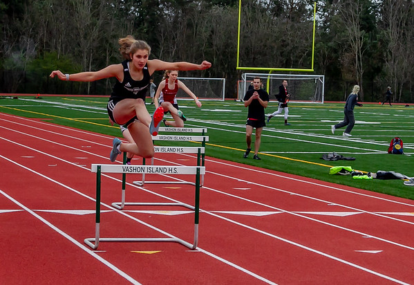 Track events Set three, hurdles: Track and Field Nisqually meet 2, 03/27/2019