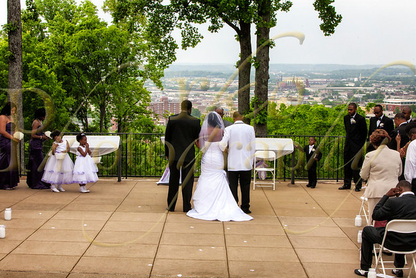 Takeshia and Jay at Vulcan Park