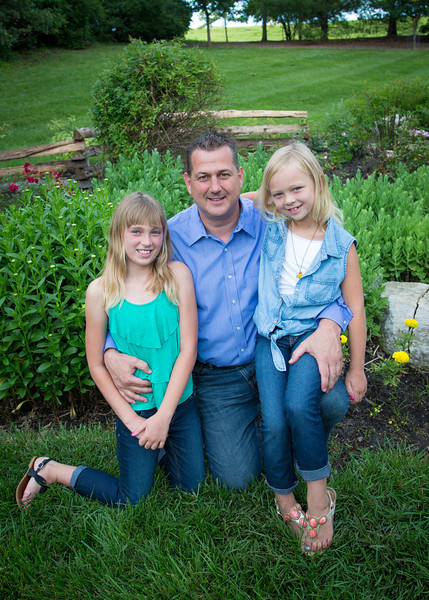Dad and the Girls Vertical (1 of 1).jpg