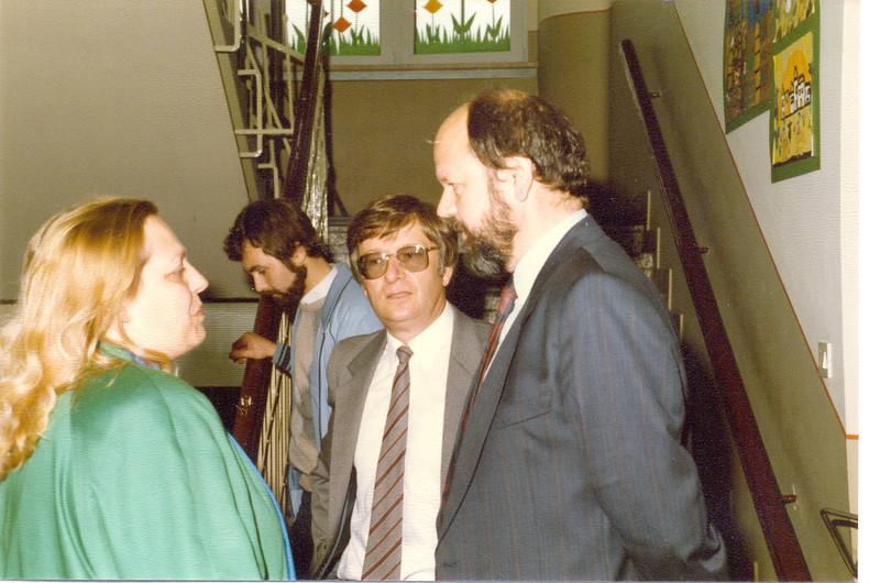 1986 Preisverleihung durch Kultusminister Breitenbach (15).jpg