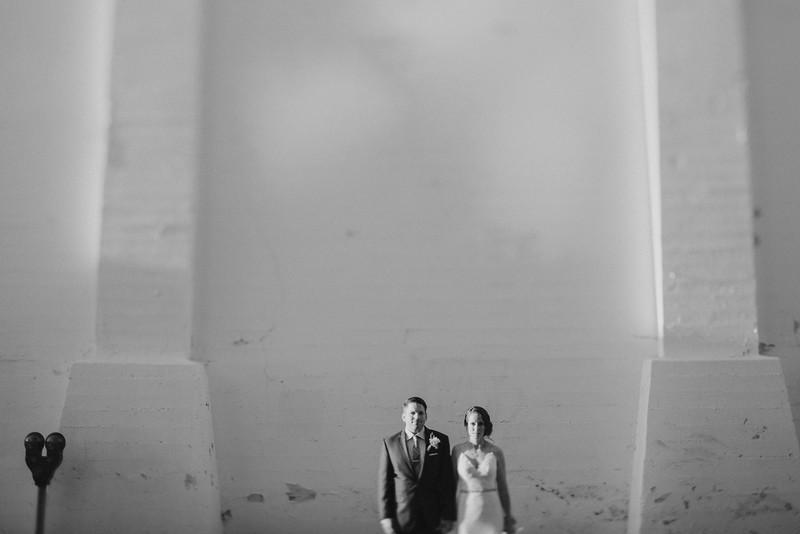 Jessica&RyanB&W-1505.jpg