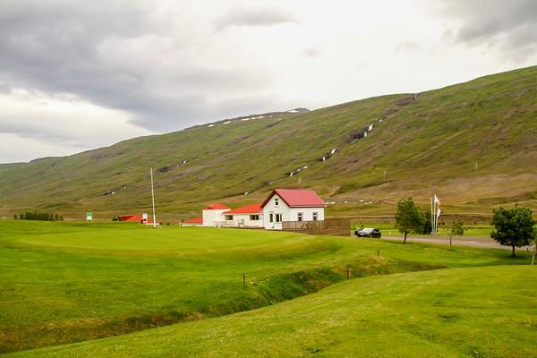 Byggðarholtsvöllur - Eskifjörður