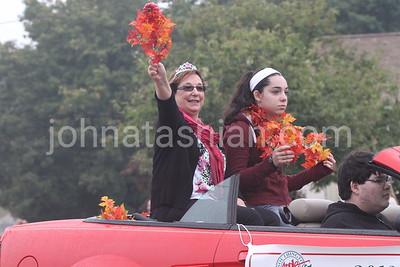 Southington Apple Harvest Parade - Sunday October 6, 2013