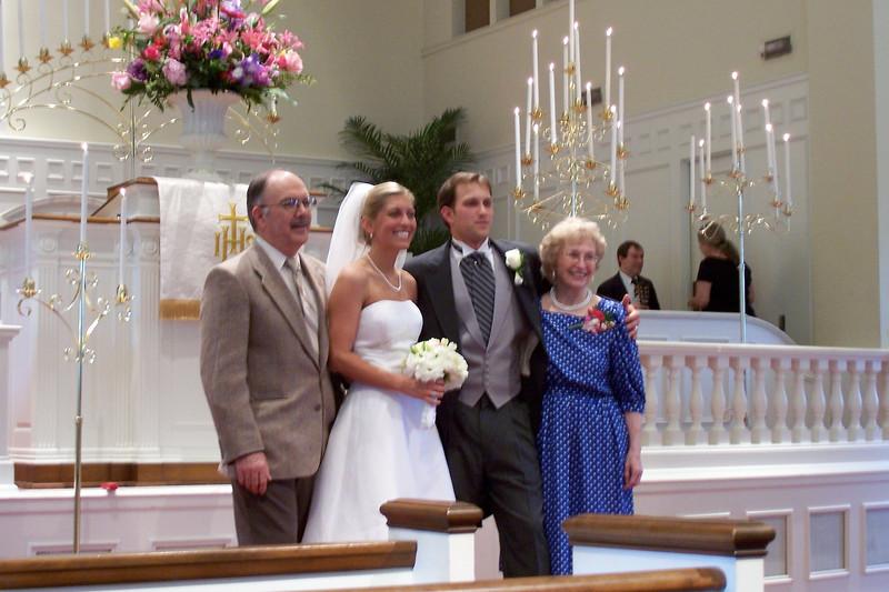2006 Crystal and Justin Rose Wedding4_24_06 033.jpg