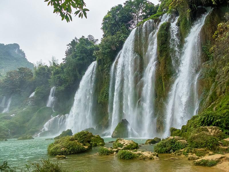 Vietnam Ban Gioc Falls_P1120649.jpg