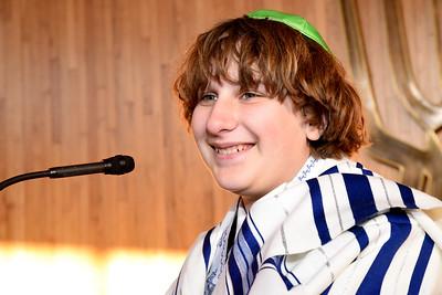 Eli Kaufman at Beth El