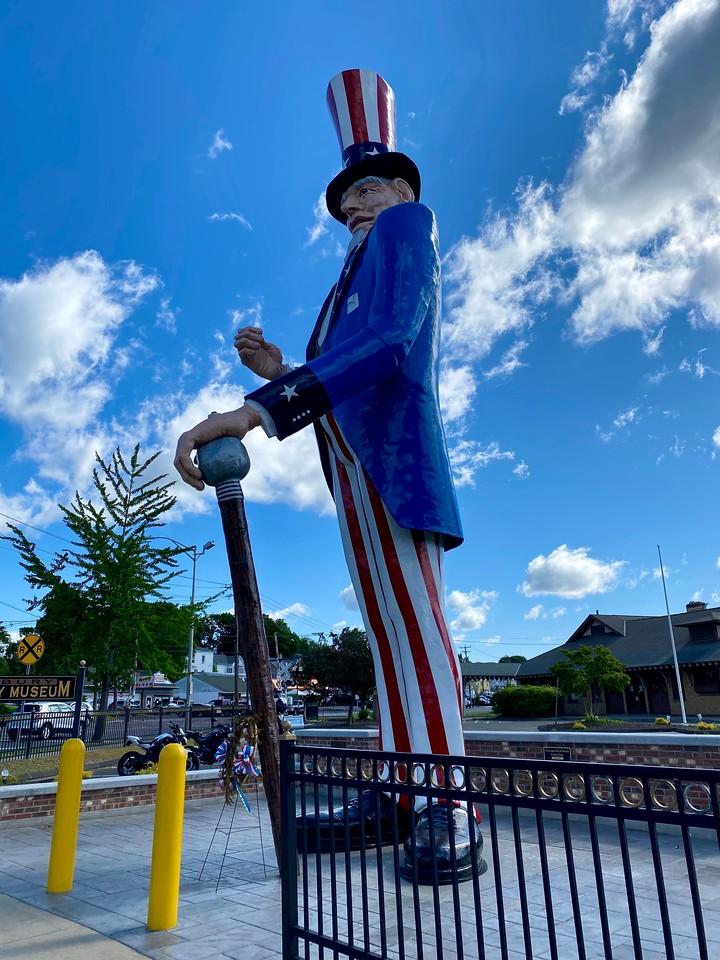 world's tallest uncle sam statue in danbury connecticut