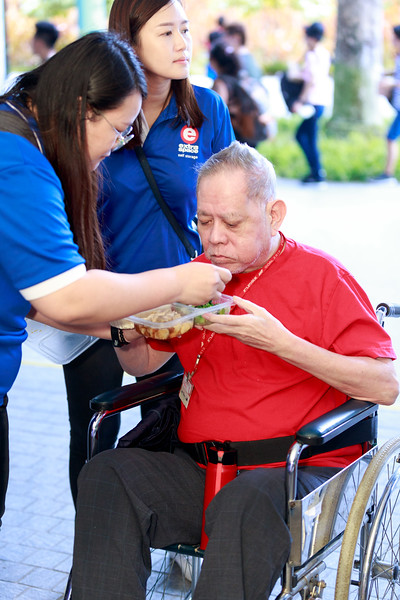 VividSnaps-Extra-Space-Volunteer-Session-with-the-Elderly-101.jpg