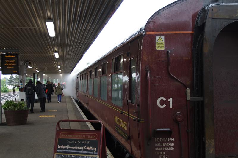 Jacobite Steam Train, Fort William - 01.jpg