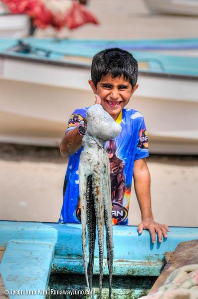 Oman-Sur-boy.jpg