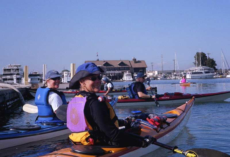 LaRhee & Monica wait for the start of the 2003 Support Strokes paddle around Alameda Island to support Breast Cancer prevention.