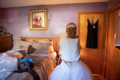 Ladies Getting Ready- Pam Krzyzek & Nathaniel Nate Gogal New England Wedding- Bride Groom Candid Formal Bridal Church Ceremony Fun Portrait Photographer Lifestyle Photojournalism Local Small Business Kimberly Hatch Photography St Mary's Holy