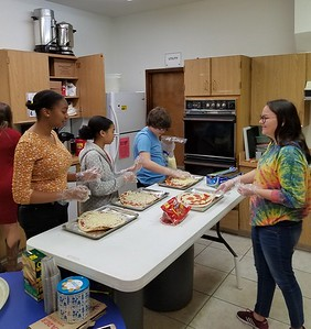 Youth Hospitality Hour Pizza 2019