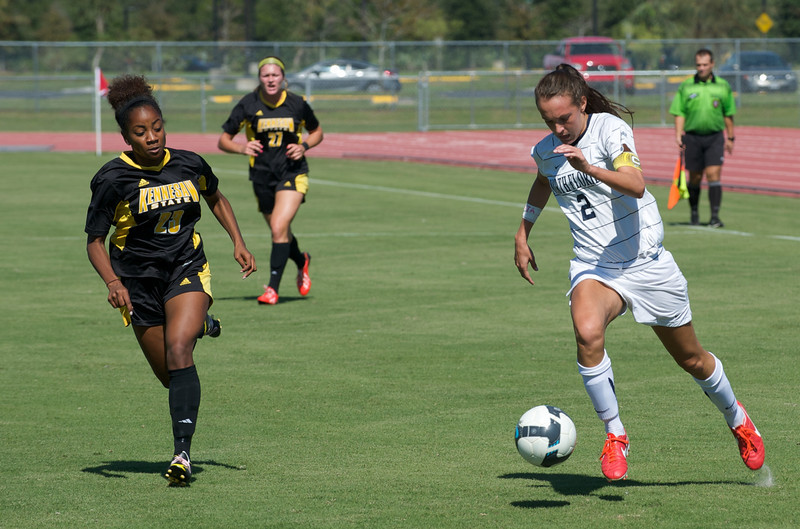 UNF Womens Soccer  5704.jpg