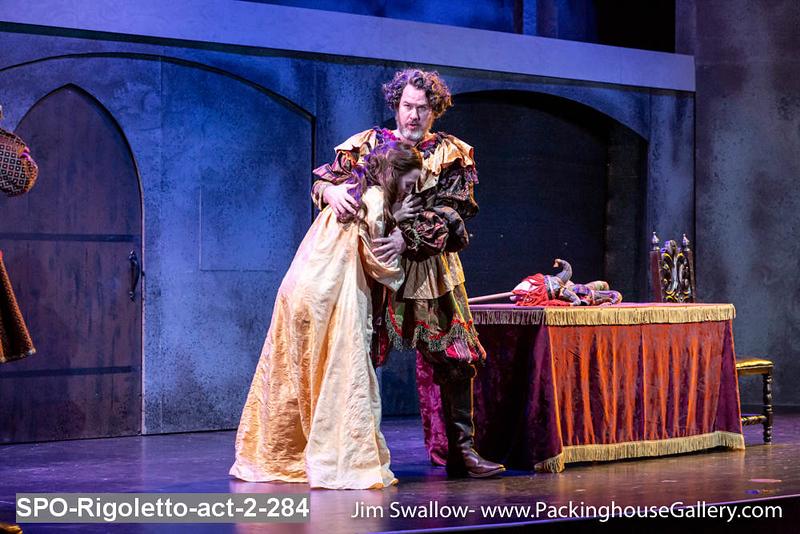 SPO-Rigoletto-act-2-284.jpg