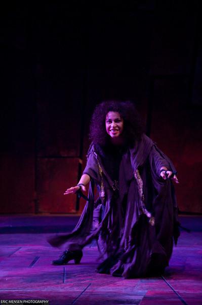 Macbeth-012.jpg