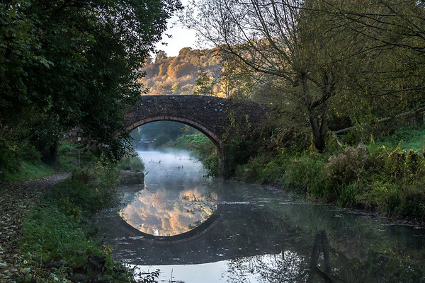 2018-10-22  Canal early one morning