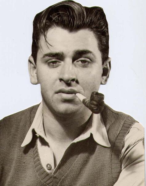 Dad_smoking_pipe.jpg