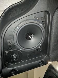 2017 Jeep Wrangler Speaker Installation - USA