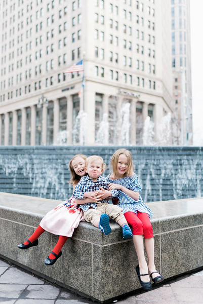 downtown-detroit-family-session-intrigue-photography-35.jpg