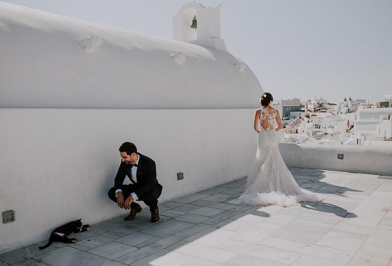 Tu-Nguyen-Destination-Wedding-Photographer-Santorini-Rocabella-Hotel-Euna-Ehsan-211.jpg