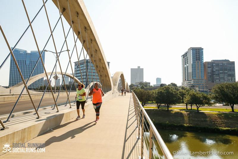 Fort Worth-Social Running_917-0448.jpg
