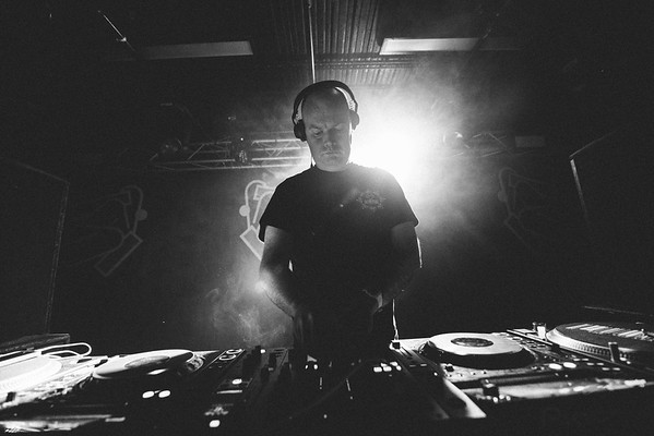 15-11-16 The Tuesday Club ft Shadow Child