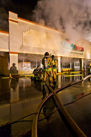 Structure Fire - Fresh Town Market - LaGrange Fire District - 4/5/08