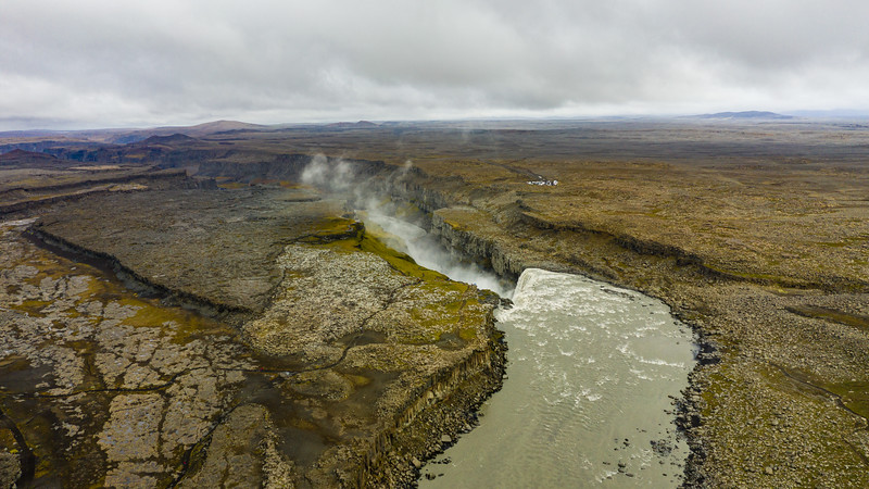 Iceland_M2P_Stills-1171.jpg