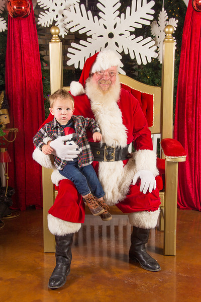 Santa 12-16-17-219.jpg
