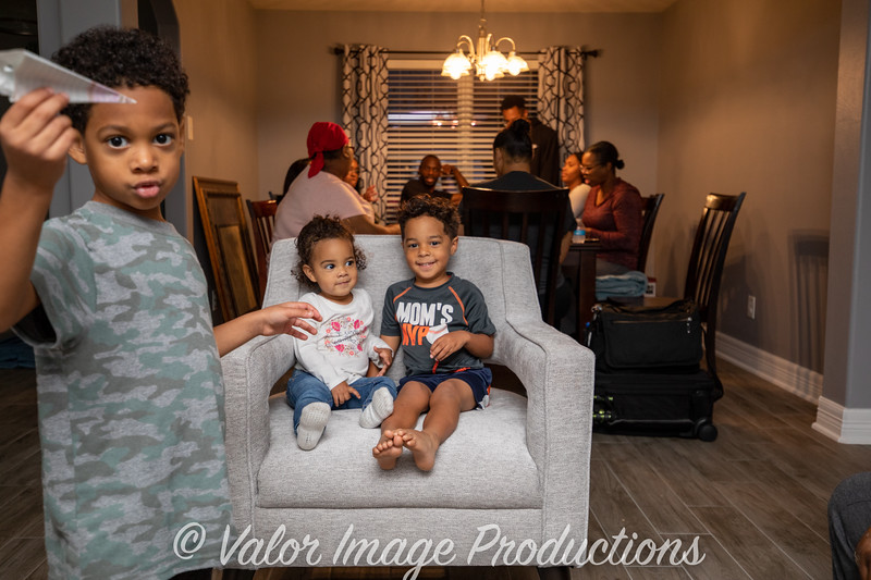 ©2019 Valor Image Productions Barbara Thanksgiving-15337.jpg