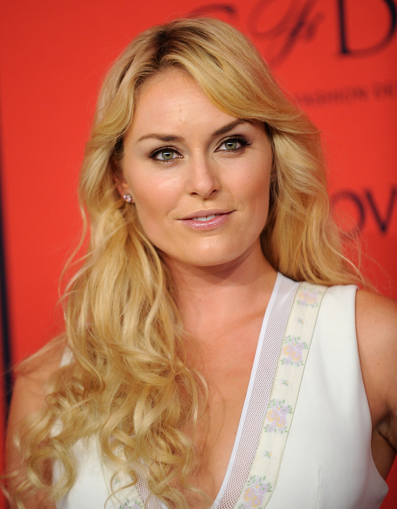 . World Cup alpine ski racer Lindsey Vonn arrives at  the 2013 CFDA Fashion Awards at Alice Tully Hall on Monday, June 3, 2013 in New York. (Photo by Brad Barket/Invision/AP)